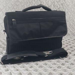 BUGATTI BLACK NYLON MESSENGER/LAPTOP BAG